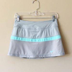 Nike   Dri-Fit Tennis Skort sporty skirt w/ shorts